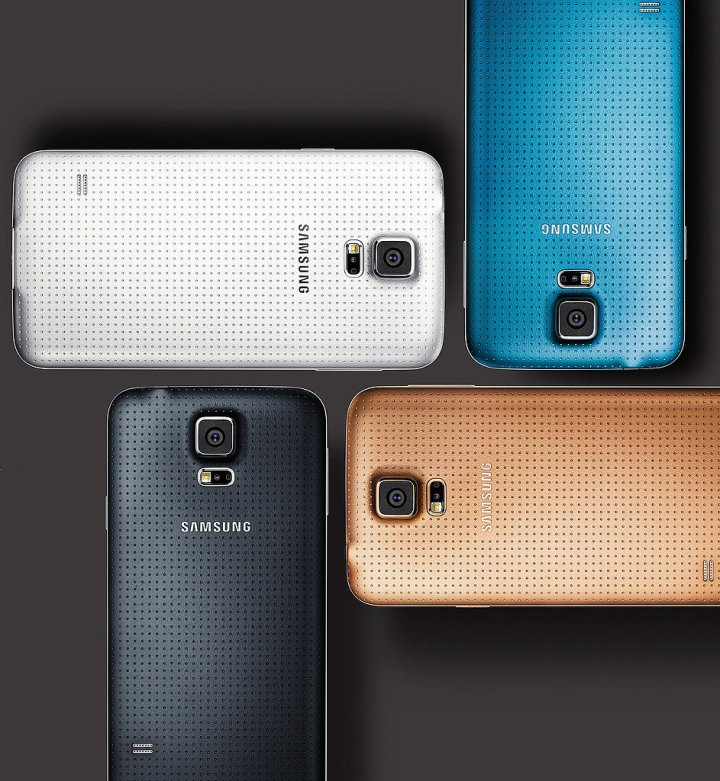 It comes in black, white, blue, and gold   PHOTO CREDIT: PHONEARENA